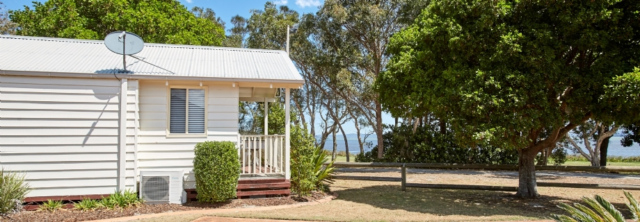 Self Contained - Accommodation - Central Coast Australia